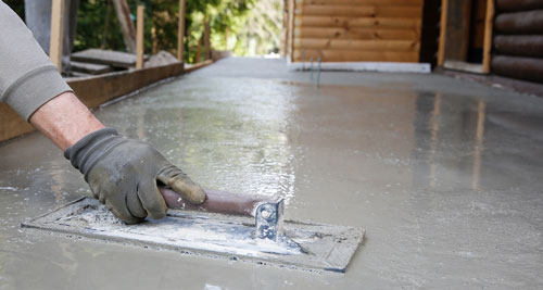 brick cement levelling the concrete floor